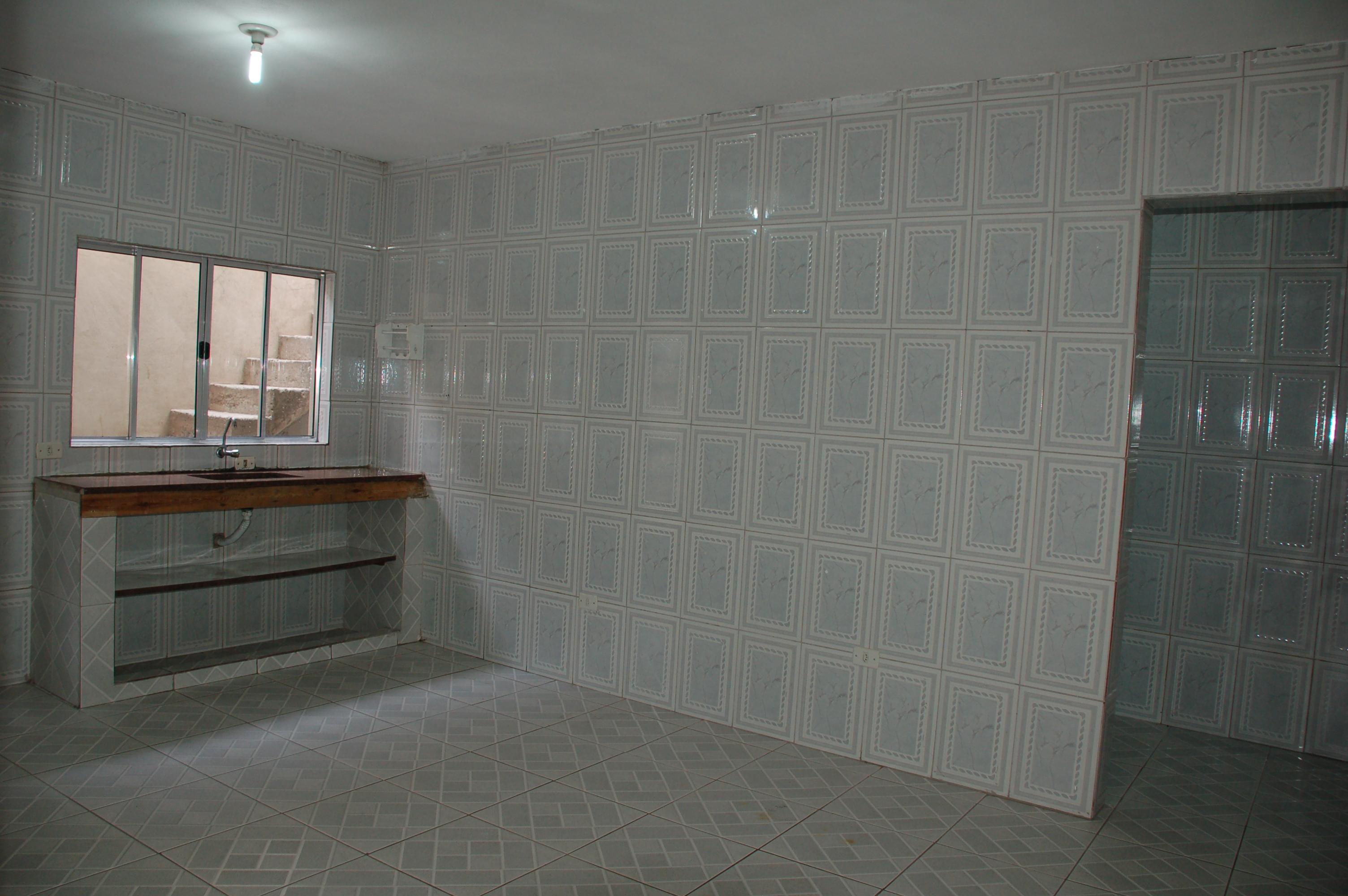 Aluga Se Casa 2 Quartos Sala Cozinha Lavanderia E Garagem Tudo  -> Quarto Sala Cozinha E Banheiro Para Alugar Em Sp